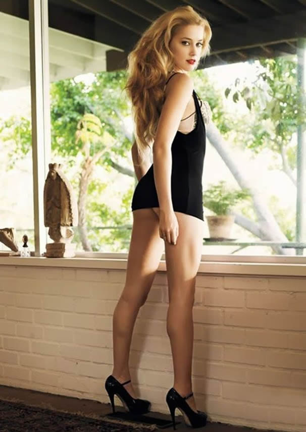 Amber Heard hot and sexy
