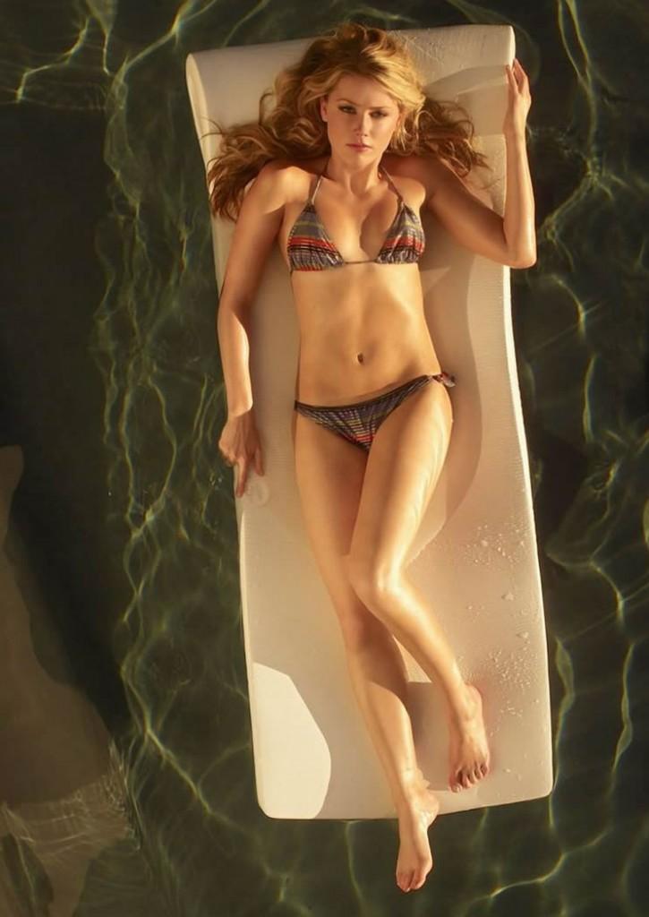 Amber Heard in bikini sexy posing