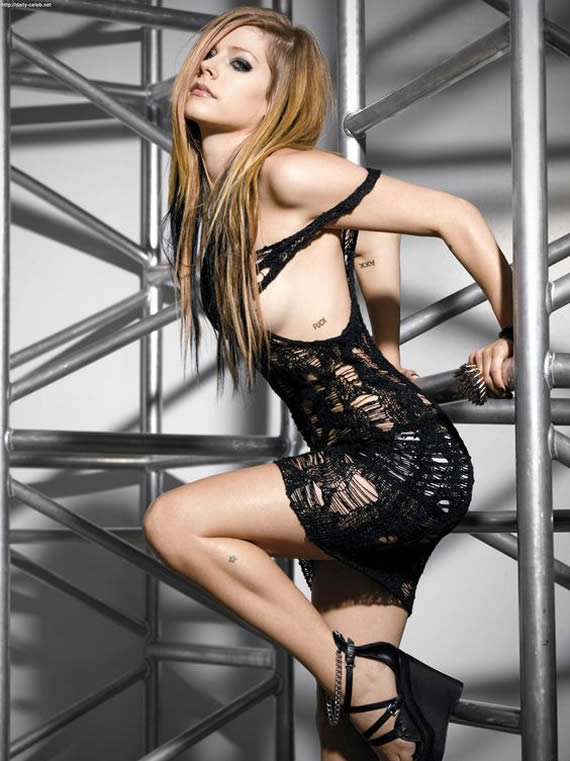 Avril Lavigne hottest