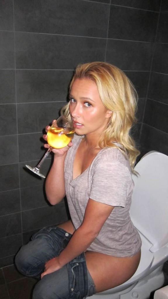 Hayden Panetiere drunk girl