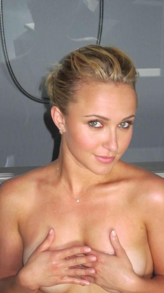Hayden Panettiere tits