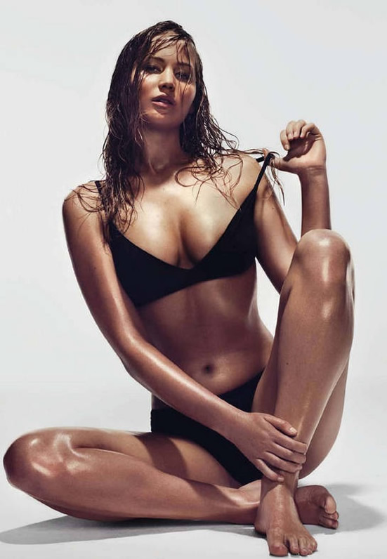 Jennifer Lawrence hot bikini