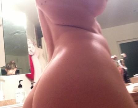 Jenny McCarthy Naked Leaked (9 Pics)