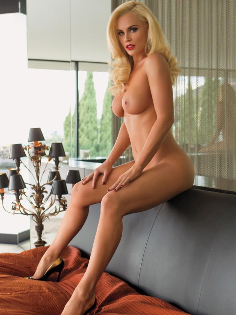 Jenny McCarthy sexy legs