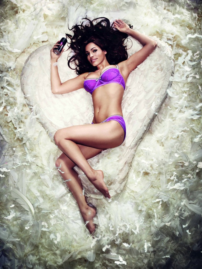 Kelly Brook sexy angel