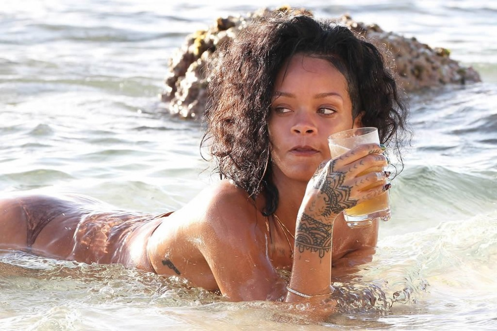 Rihanna drink bear