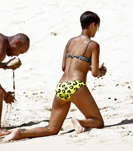 Rihanna in tiny bikini