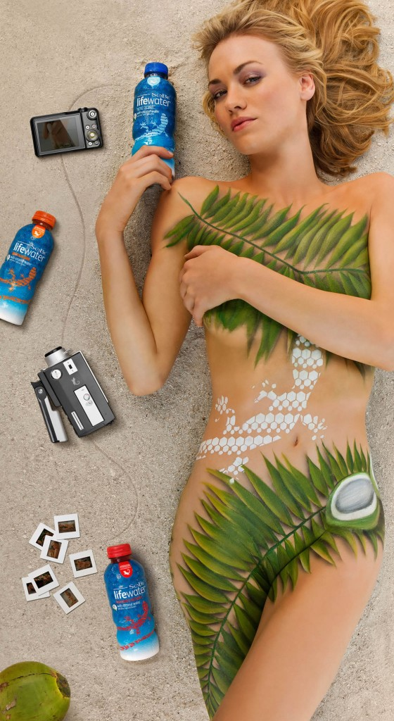 Yvonne Strahovski Body Paint sexy celebs