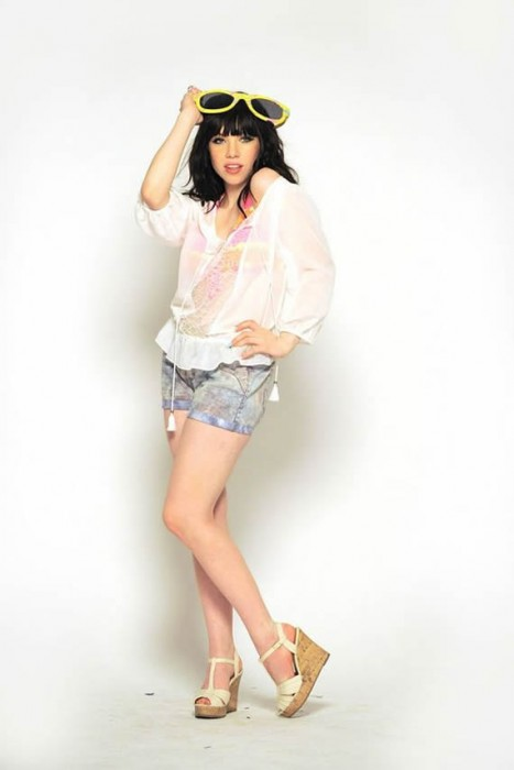 Carly Rae Jepsen hot pics