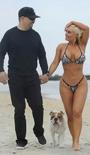 Coco Austin on the beach in New Jersey photo