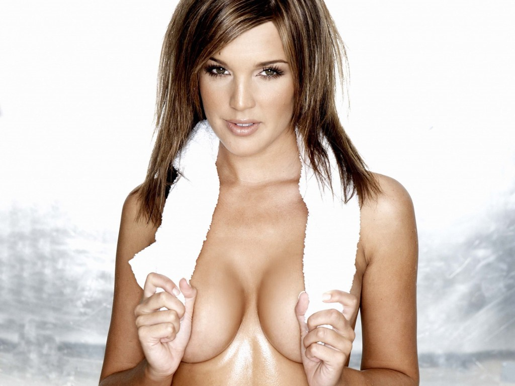 Danielle Lloyd boobs photos
