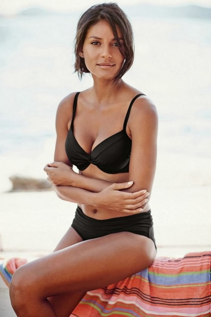 Emanuela de Paula in black bikini Next