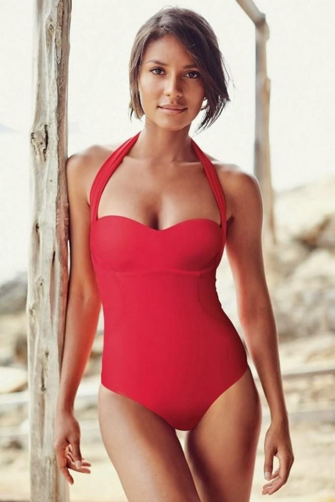 Emanuela de Paula in red bikini Next