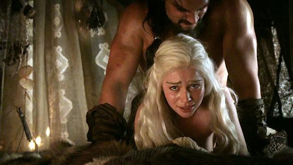 Emilia Clarke Hot Scenes Game Of Thrones