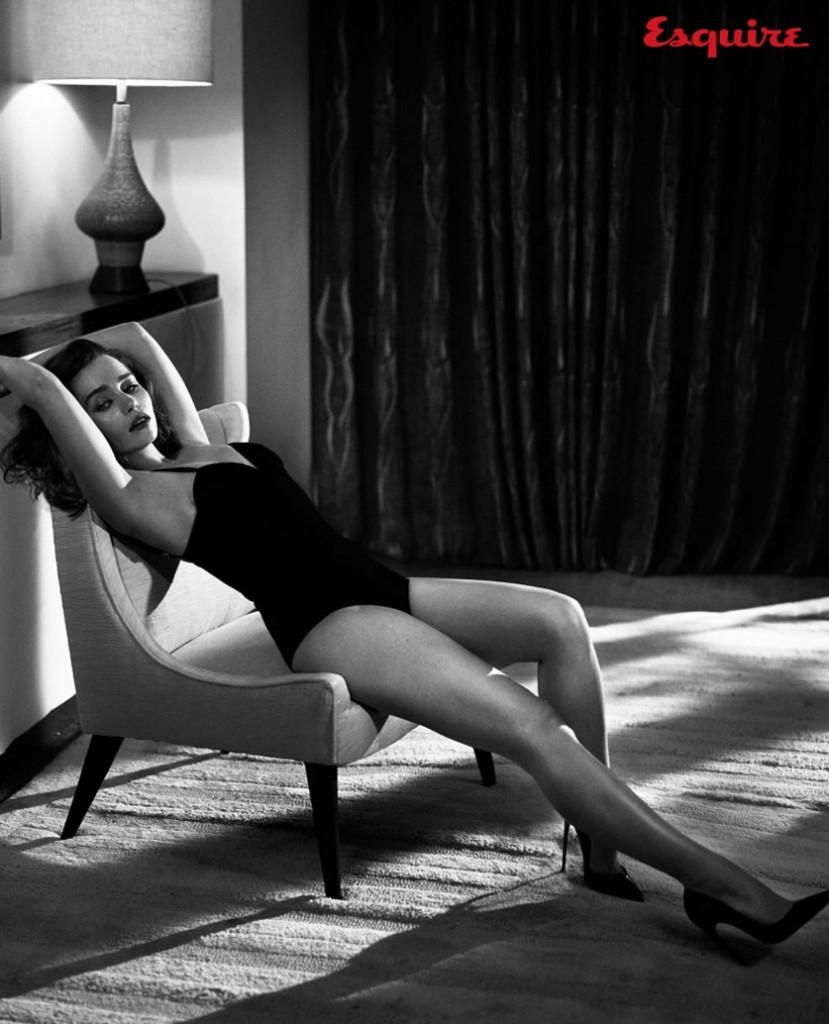 Emilia Clarke Hot body
