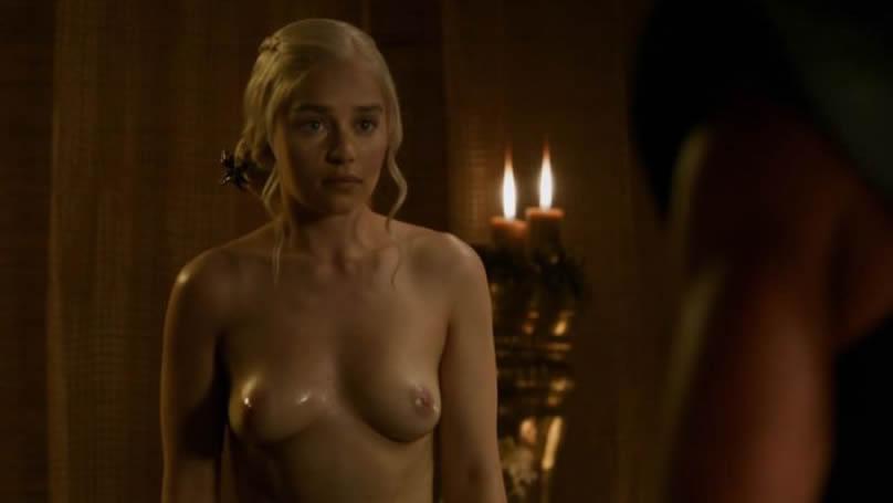 Emilia Clarke Nude Boobs Game Of Thrones