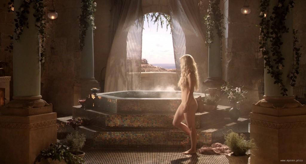 Emilia Clarke Nude Scenes Game Of Thrones