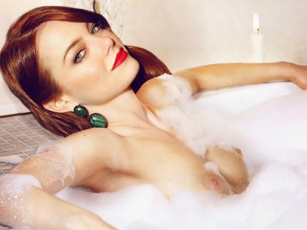 Emma Stone Nude Leaked Photos