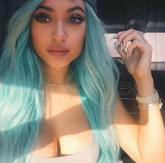 Kylie Jenner sweet babe pictures
