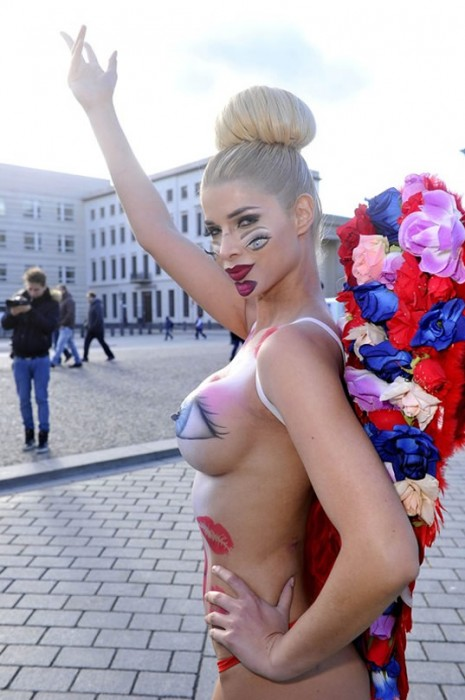 Micaela Schaefer BodyPaint for Valentine's day in Berlin Nipples
