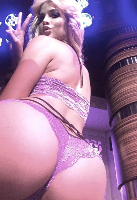 Micaela Schaefer Booty Selfies