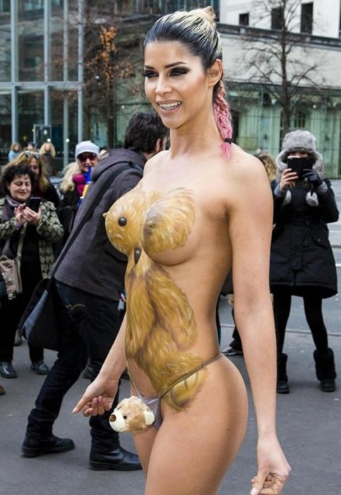 Micaela Schaefer Giant Boobs Body Paint for the Berlinale 2016