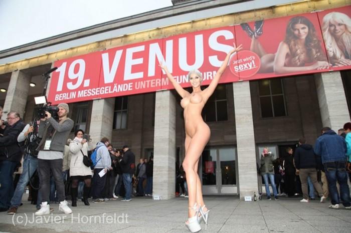Micaela Schaefer nude sexy boobs pics
