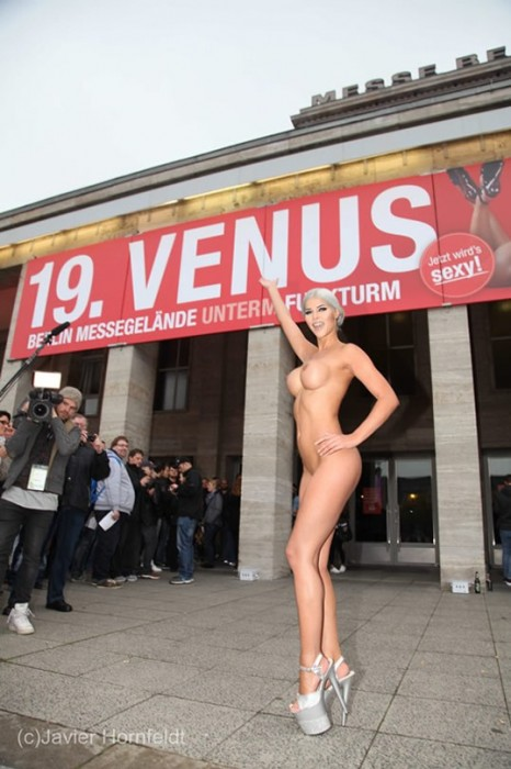 Micaela Schaefer posing naked photo