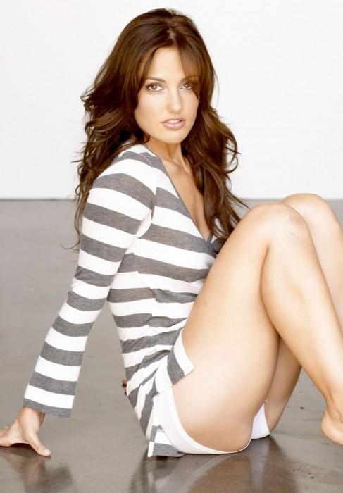 Minka Kelly sexy ass