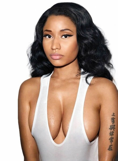 Nicki Minaj beauty boobs