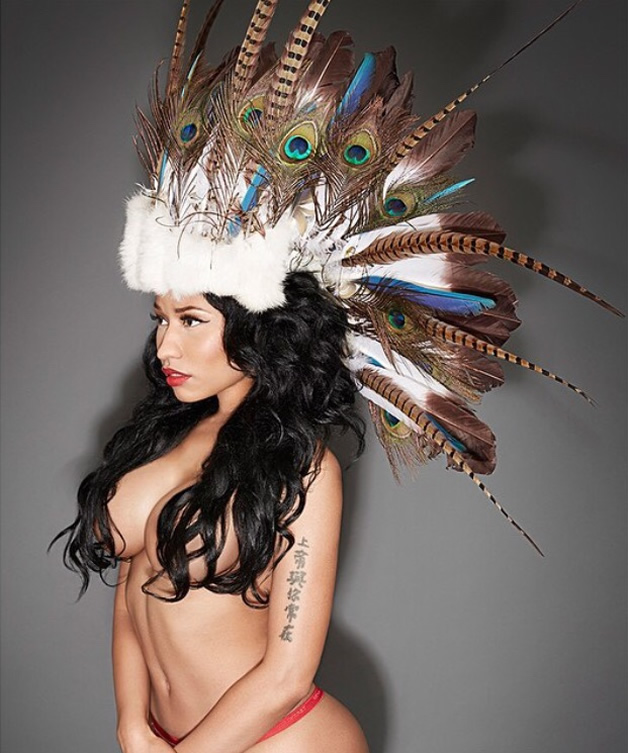 Nicki Minaj half-naked photo