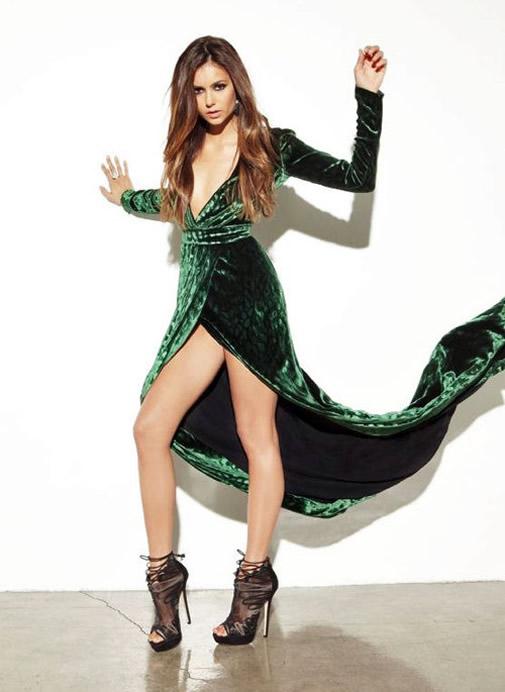 Nina Dobrev Sexy body