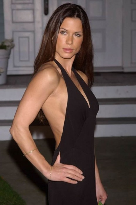 Rhona Mitra Sexy Body Photo
