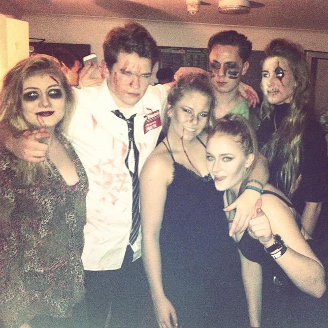 Sophie Turner friends