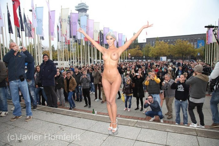 Sweet Micaela Schaefer posing naked VENUS 2015 in Berlin