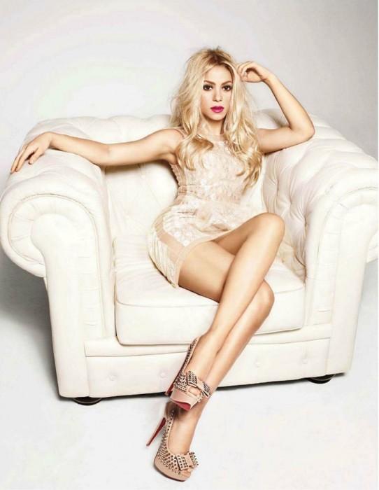 Shakira sexy legs photo