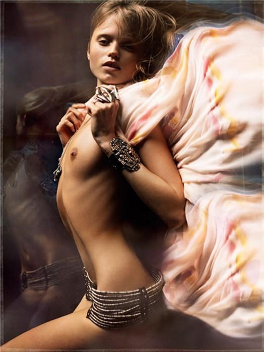 Abbey Lee Kershaw Topless Nude Boobs