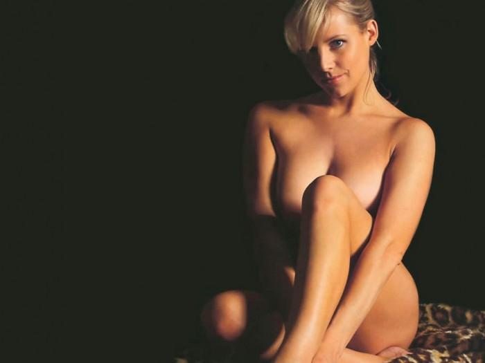 Abi Titmuss Posing Nude
