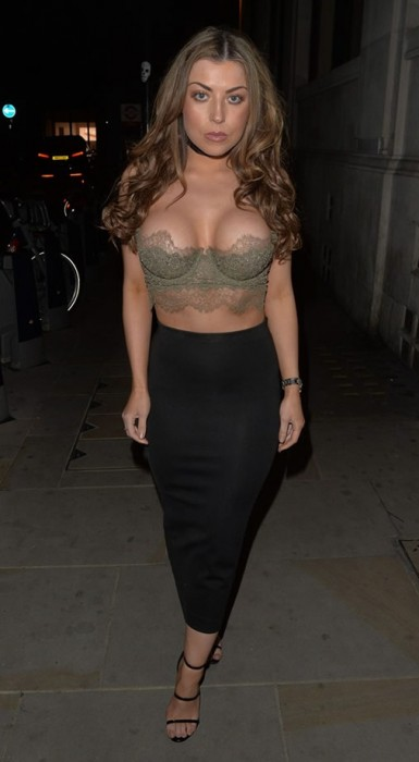 Abigail Clarke Giant Boobs Pictures