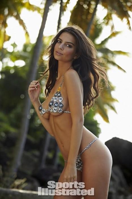 Emily Ratajkowski sexy body hot pics