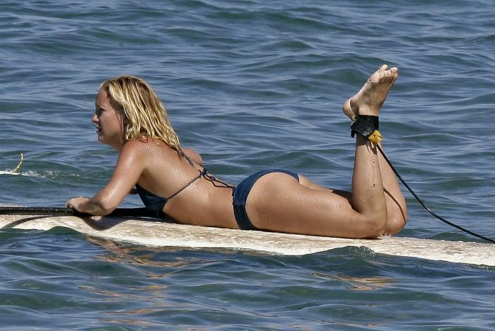 Kate Hudson bikini body