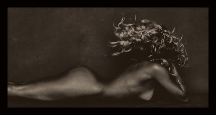Kourtney Kardashian nude pics