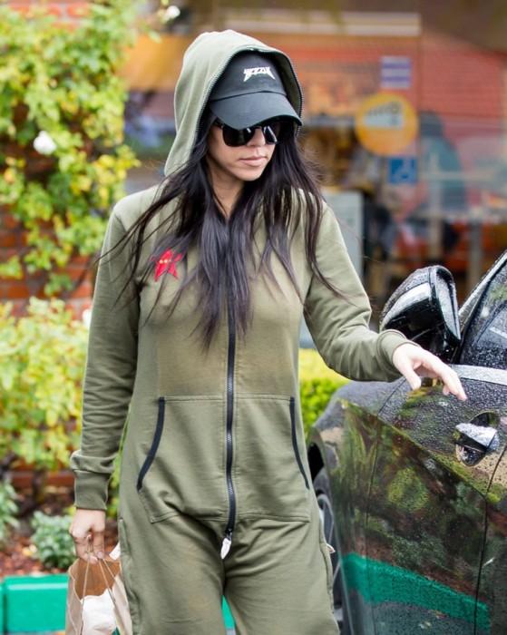 Kourtney Kardashian paparazzi