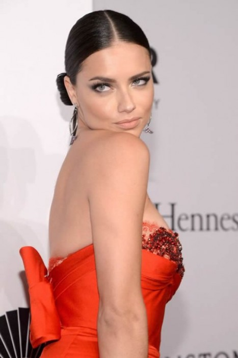 Adriana Lima hot photos