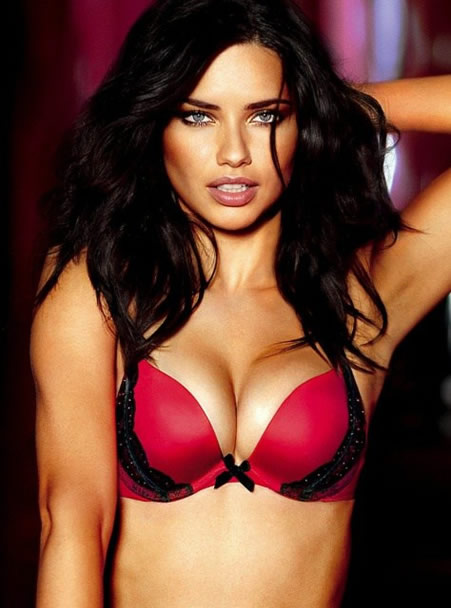 Adriana Lima sexy tits