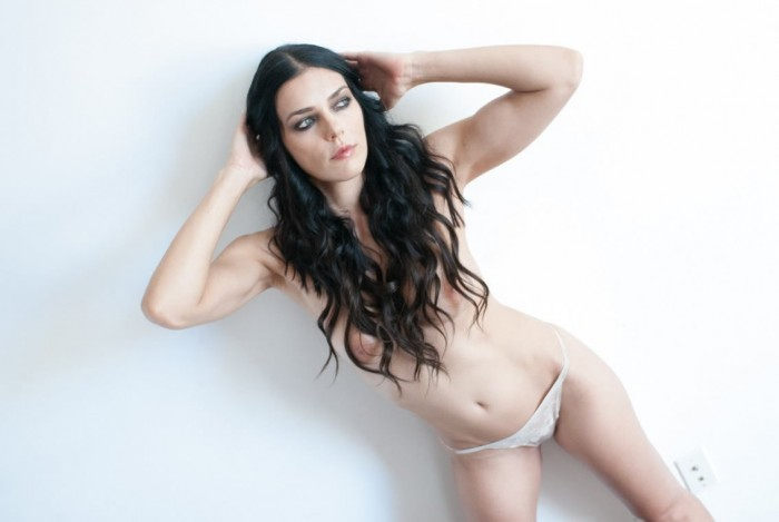 Adrianne Curry Topless Photoshoot