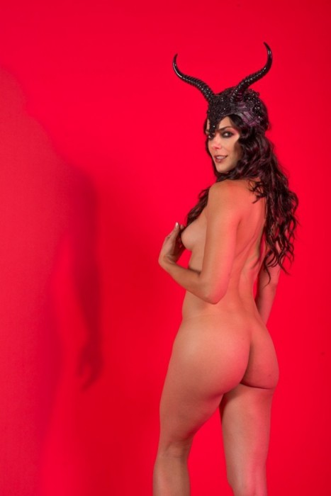 Adrianne Curry leaked photoshoot nude