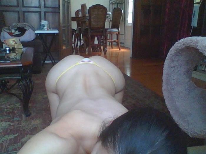 Adrianne Curry sexy selfie