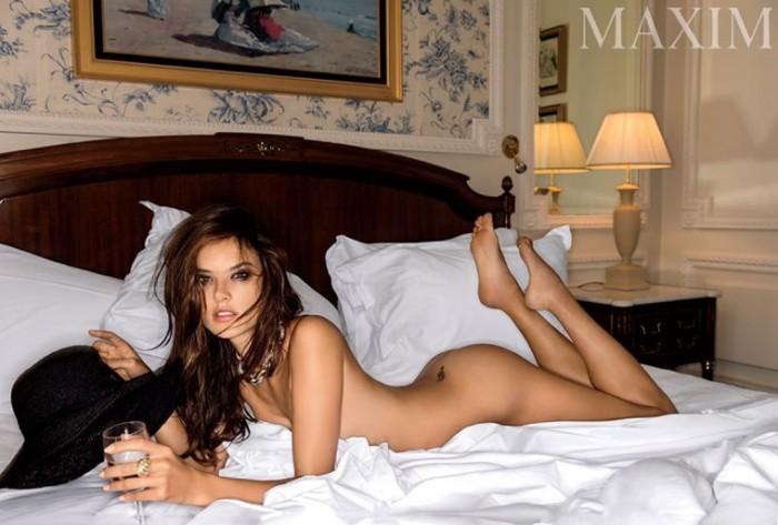 Alessandra Ambrosio full naked