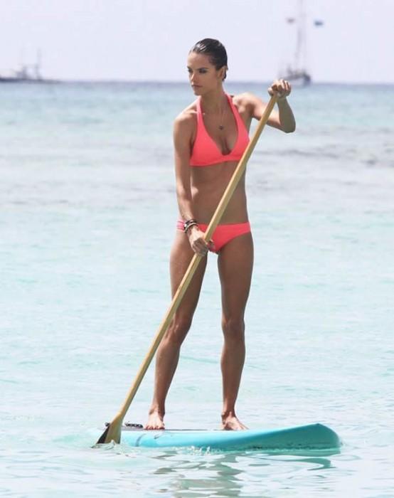 Alessandra Ambrosio in bikini body